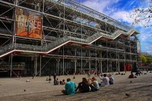 Vaig estar hores llegint còmics i veient les notícies en francès a la biblioteca del Centre Pompidou [imatge: Guillaume Baviere]