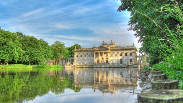 Palauet d'estiu al parc Łazienki [foto: Alexander Teglund]